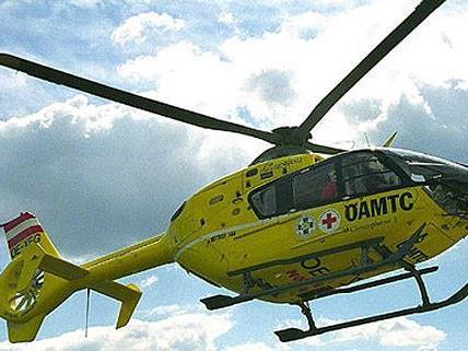 Eine 24-Jährige wurde am Samstag beim Skifahren schwer verletzt.