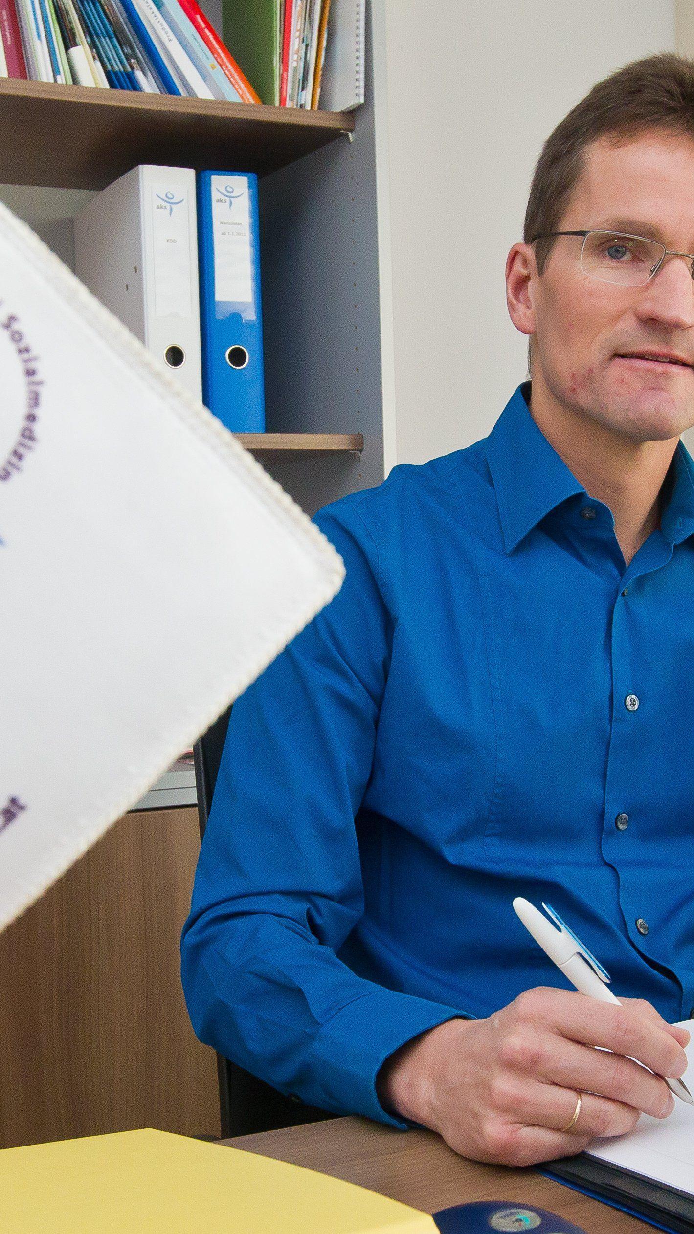 Wechsel in der Geschäftsführung der aks gesundheit: Auf Bernd Klisch (im Bild) folgt Georg Posch.