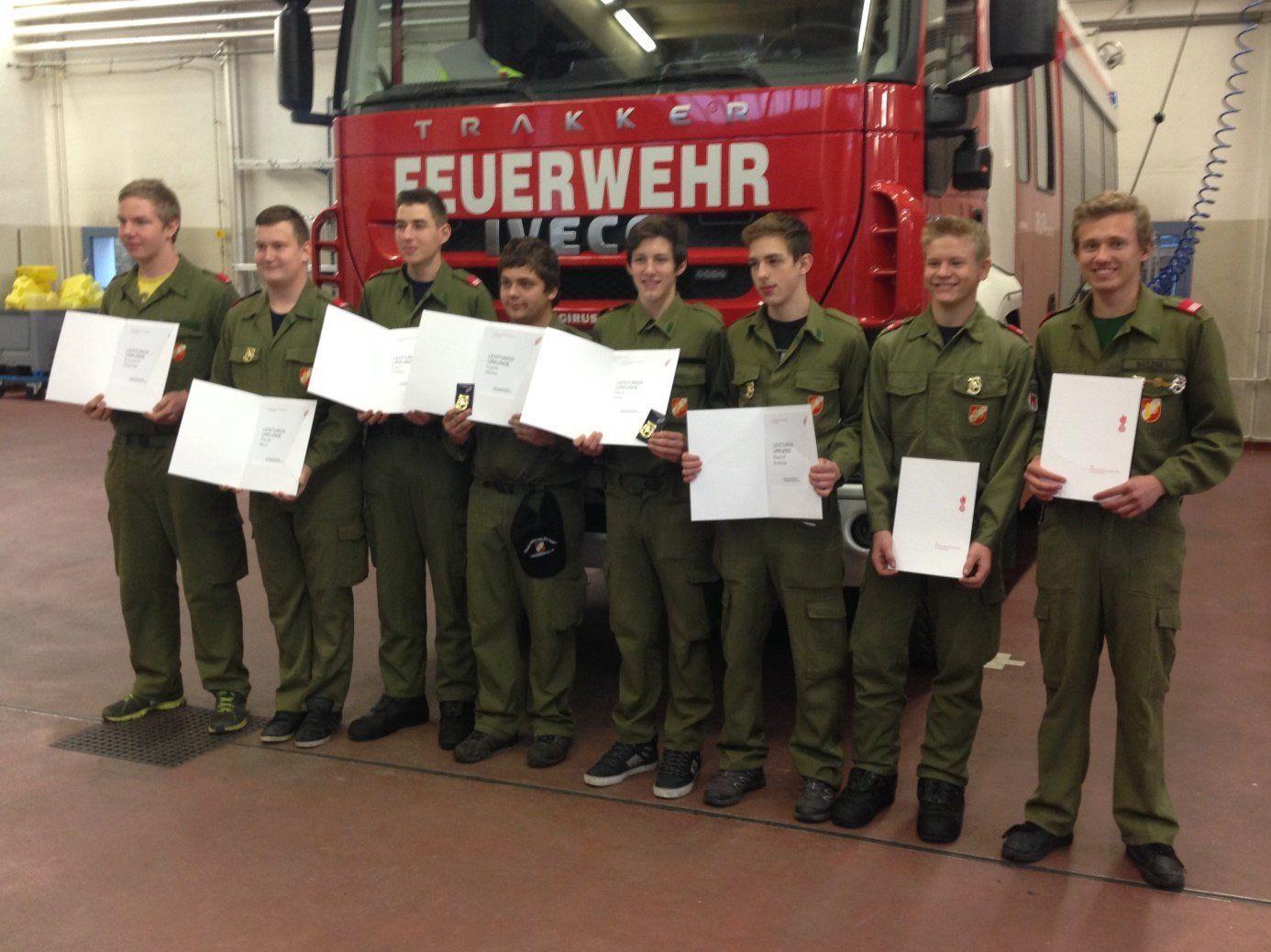 Feuerwehrjugendleistungsabzeichen in Gold.