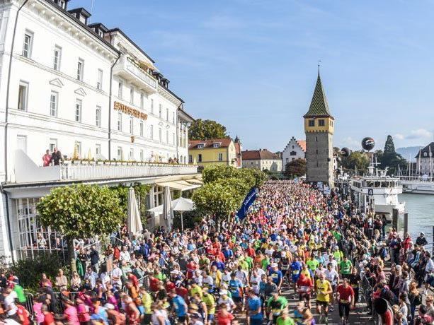 8. Sparkasse-Marathon der drei Länder am Bodensee - Startschuss in Lindau.