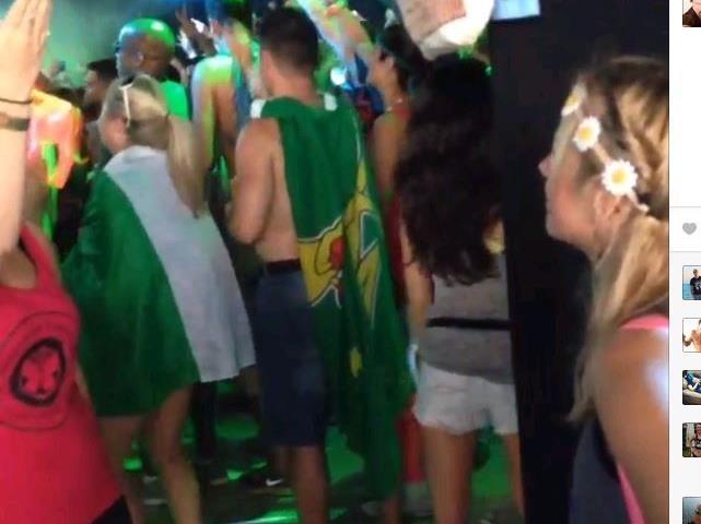 Bewegende Szene auf einem Festival.