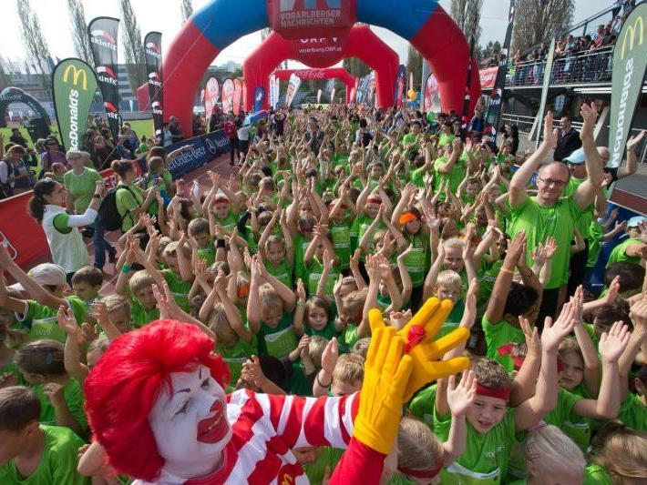3000 Kids waren beim Kindermarathon am Start und hatten viel Spaß.