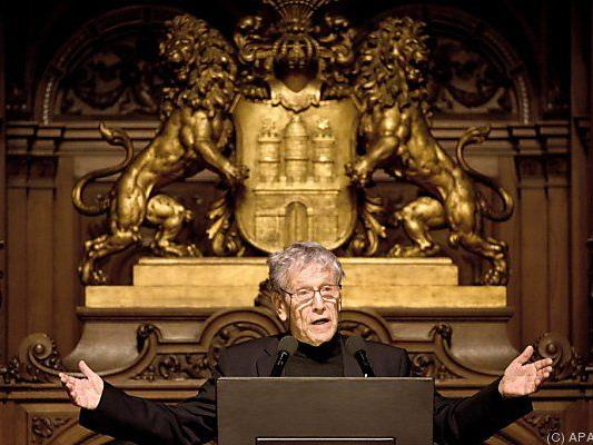 Amos Oz bei der Preisverleihung in Hamburg