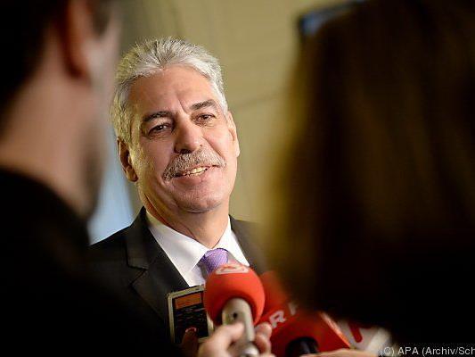 """Finanzminister Schelling erhielt """"Zahlschein"""""""