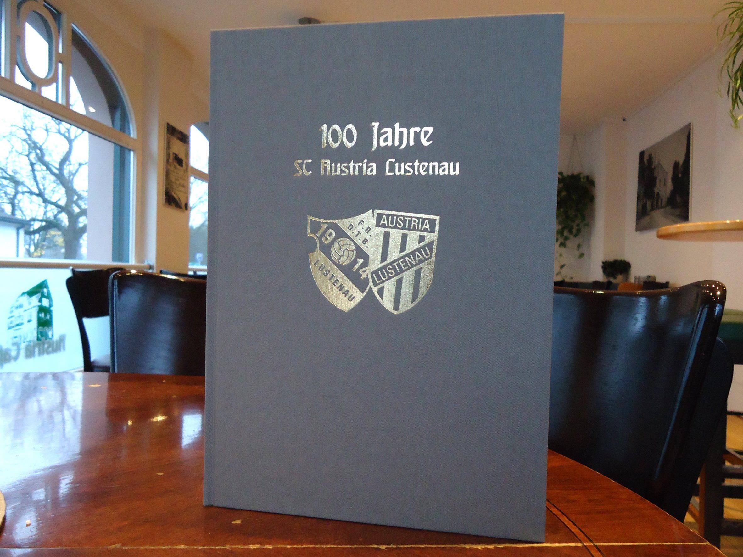 Das perfekte Weihnachtsgeschenk: die neue Chronik der Austria
