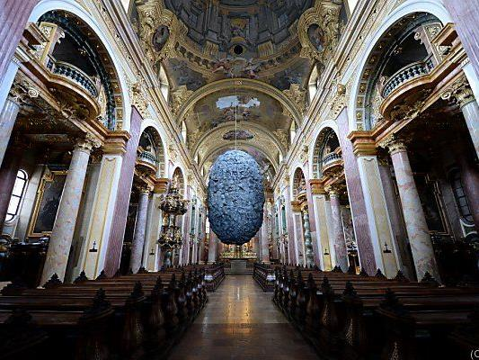 """""""To be in Limbo"""" als Glaubensfrage in der Wiener Jesuitenkirche"""