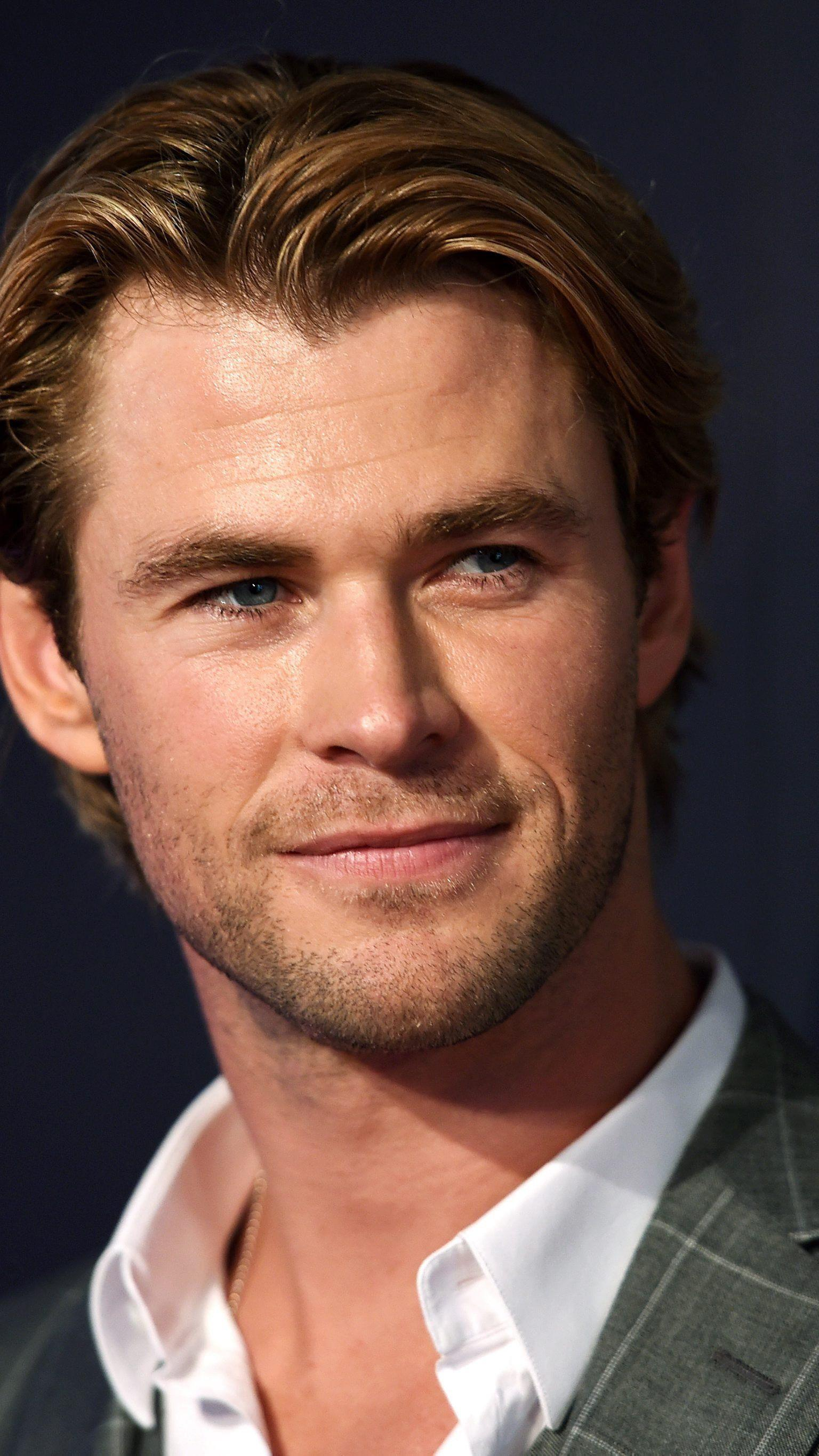 """Chris Hemsworth trägt nun für einen Jahr den Titel """"Sexiest Man Alive""""."""