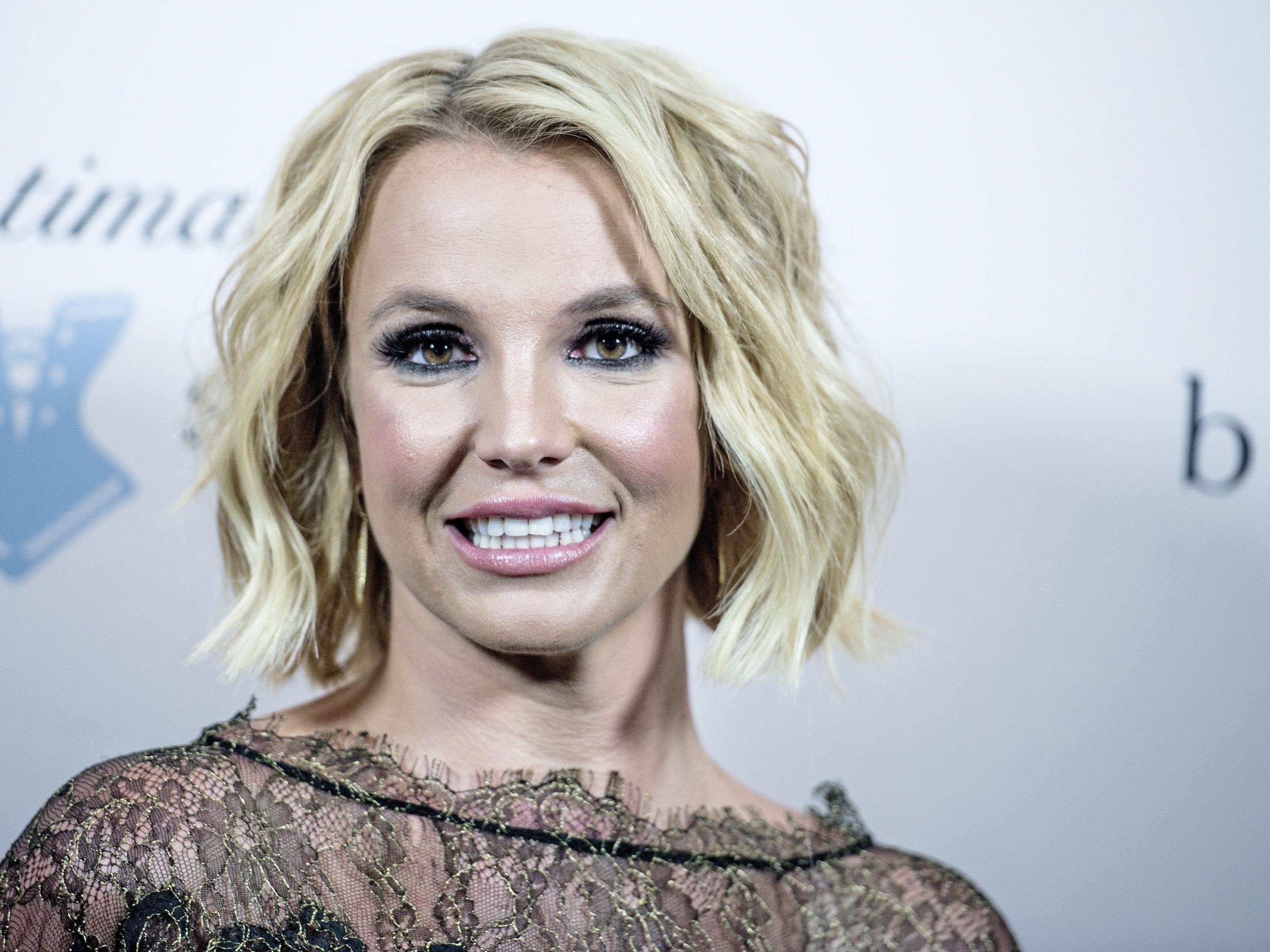 Britney Spears präsentiert ihre neue Liebe