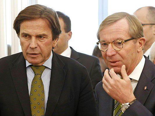 V. l.: Der steirische Landeshauptmann Franz Voves (SPÖ) und der Landeshauptmann von Salzburg, Wilfried Haslauer (ÖVP), bei der Konferenz der Landeshauptleute am Dienstag
