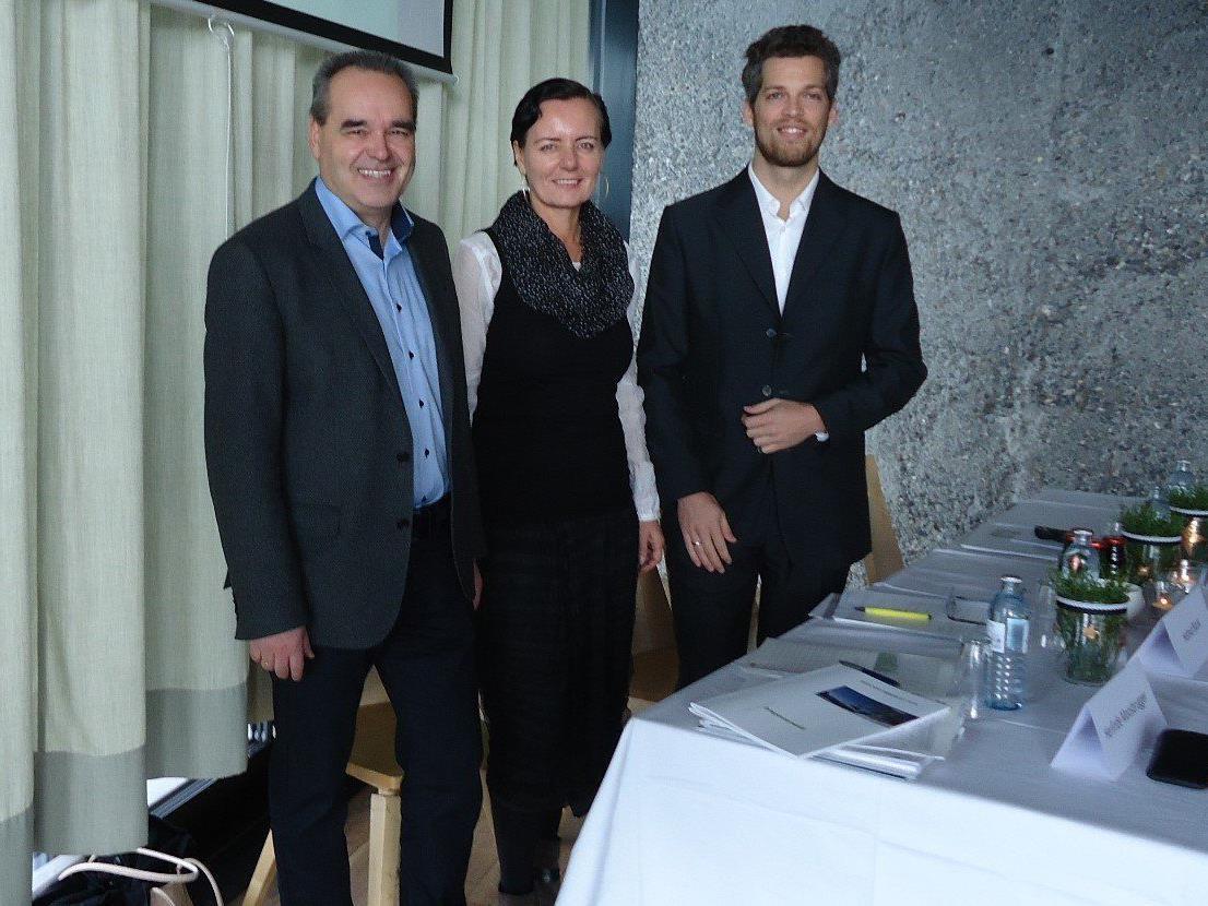 Helmut Blank (Obmann Tourismusverband Bregenzerwald), Herlinde Moosbrugger (Geschäftsführerin Bregenzerwald Tourismus GmbH), Philipp Neumüller (Österreich Werbung, Markt Schweiz).