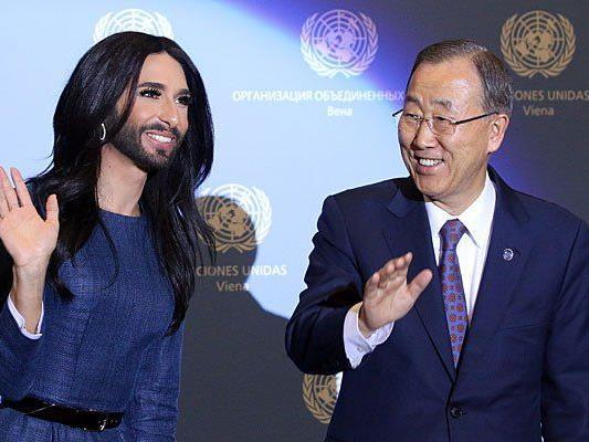 Bei der UNO-Konferenz in Wien: Conchita Wurst und Ban Ki-moon