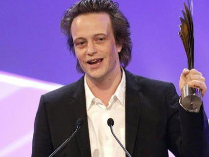 August Diehl wurde bei der Nestroy Gala als bester Schauspieler ausgezeichnet.