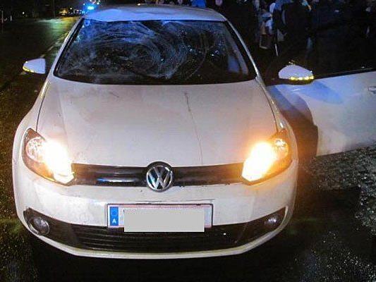 Mit diesem Wagen stieß der Lenker den Polizisten nieder