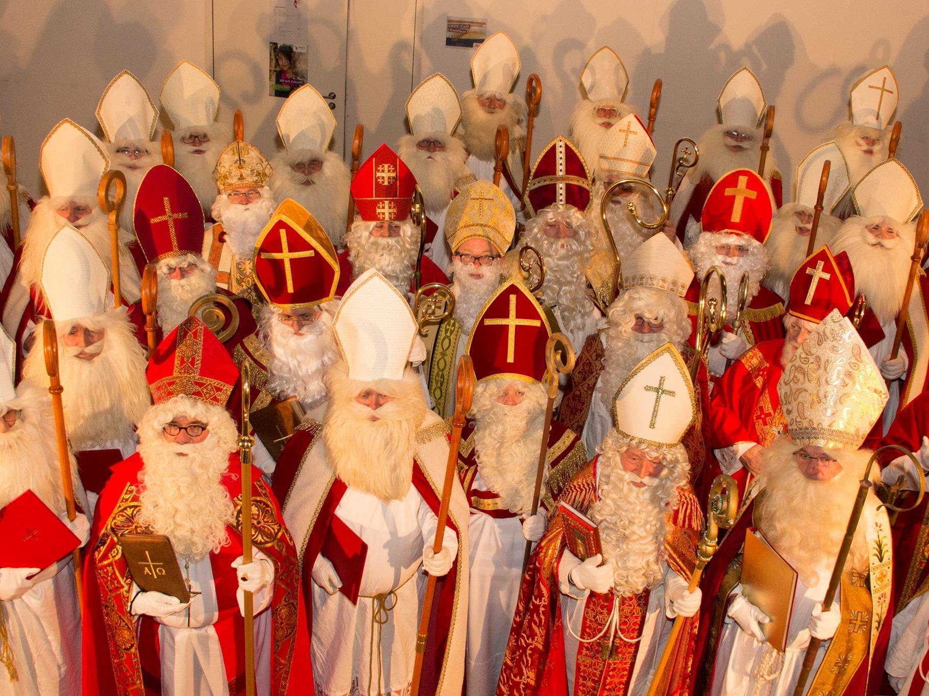 Die Rolle des Hl. Nikolaus aktiviert jedes Jahr mehr Frauen und Männer, die zur Freude vieler Kinder und Erwachsener in den Spuren des  gutherzigen Kinderfreundes unterwegs sind.