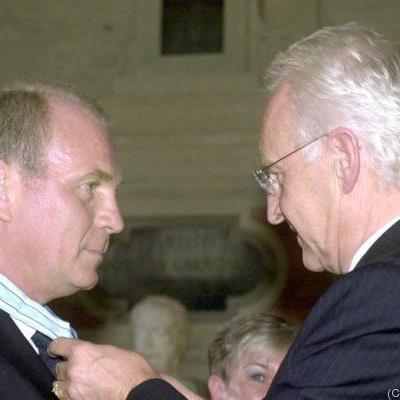Hoeneß gab Bayerischen Verdienstorden zurück