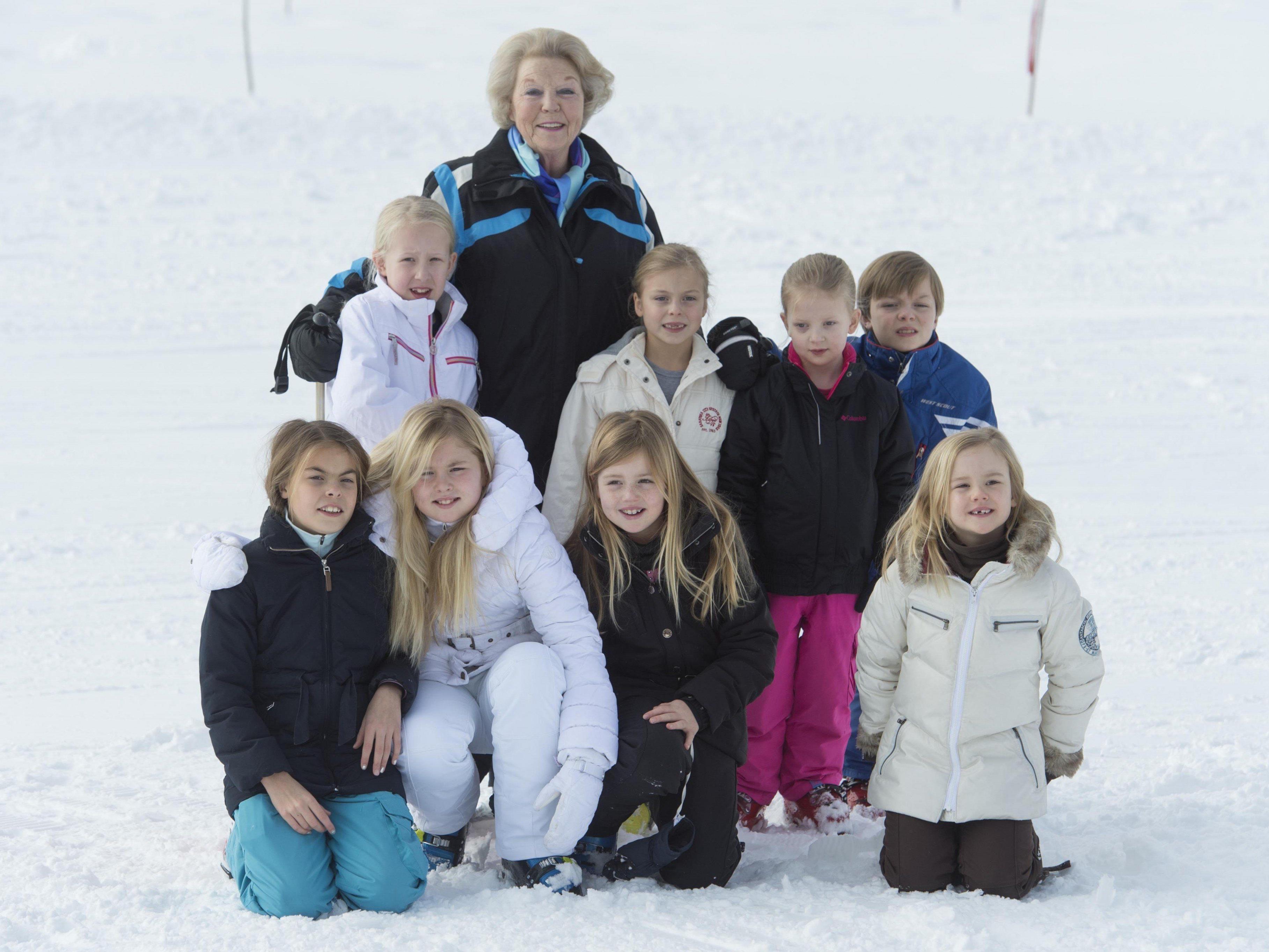 Königin Beatrix mit ihren Enkelkindern.