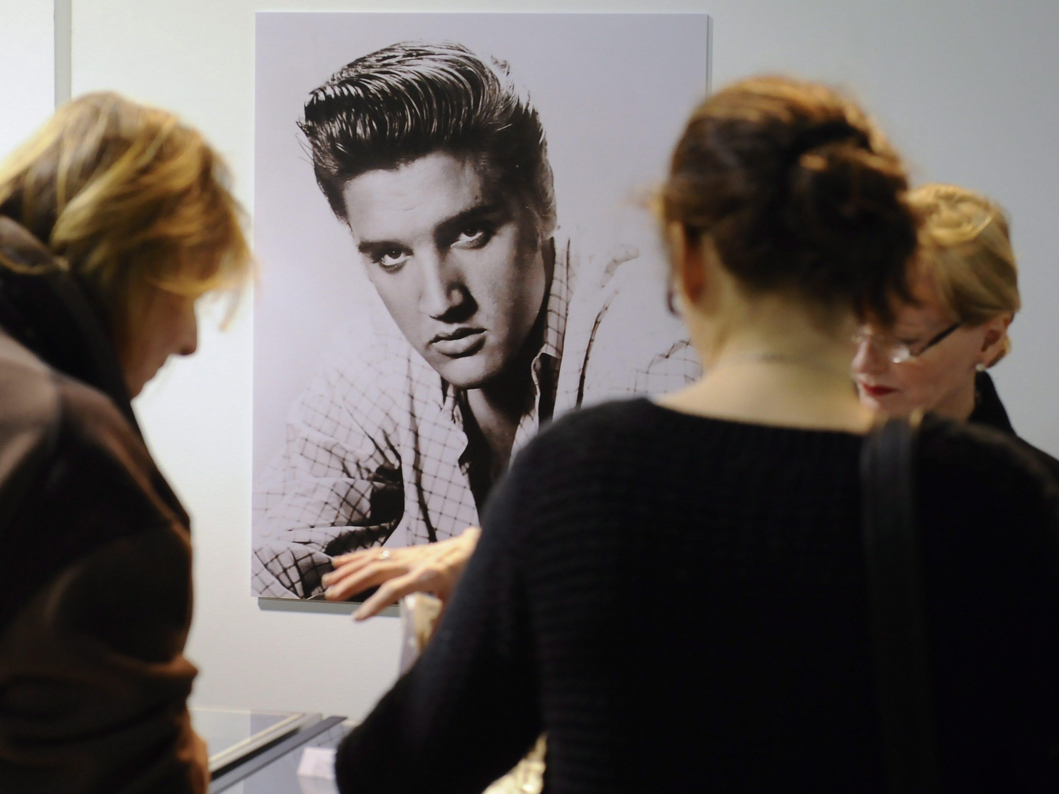 Elvis Presley sorgt immer noch für Schlagzeilen.