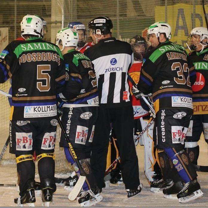 HC Samina Rankweil mit Comebacker Rudi Mock gewann gegen Lions Zürich mit 6:1.