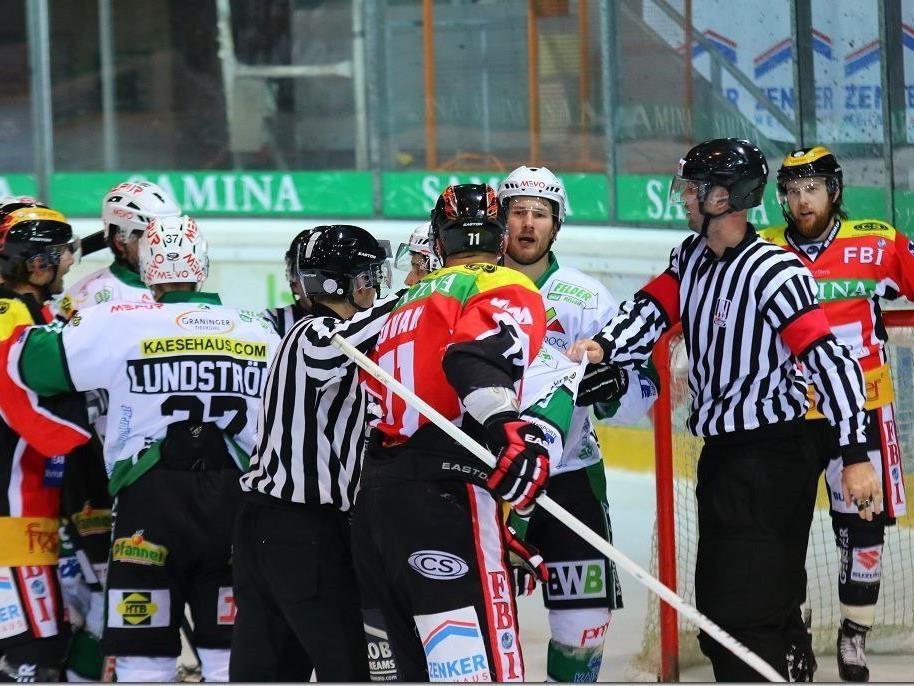Harte Bandagen beim Derby VEU vs Bregenzerwald.