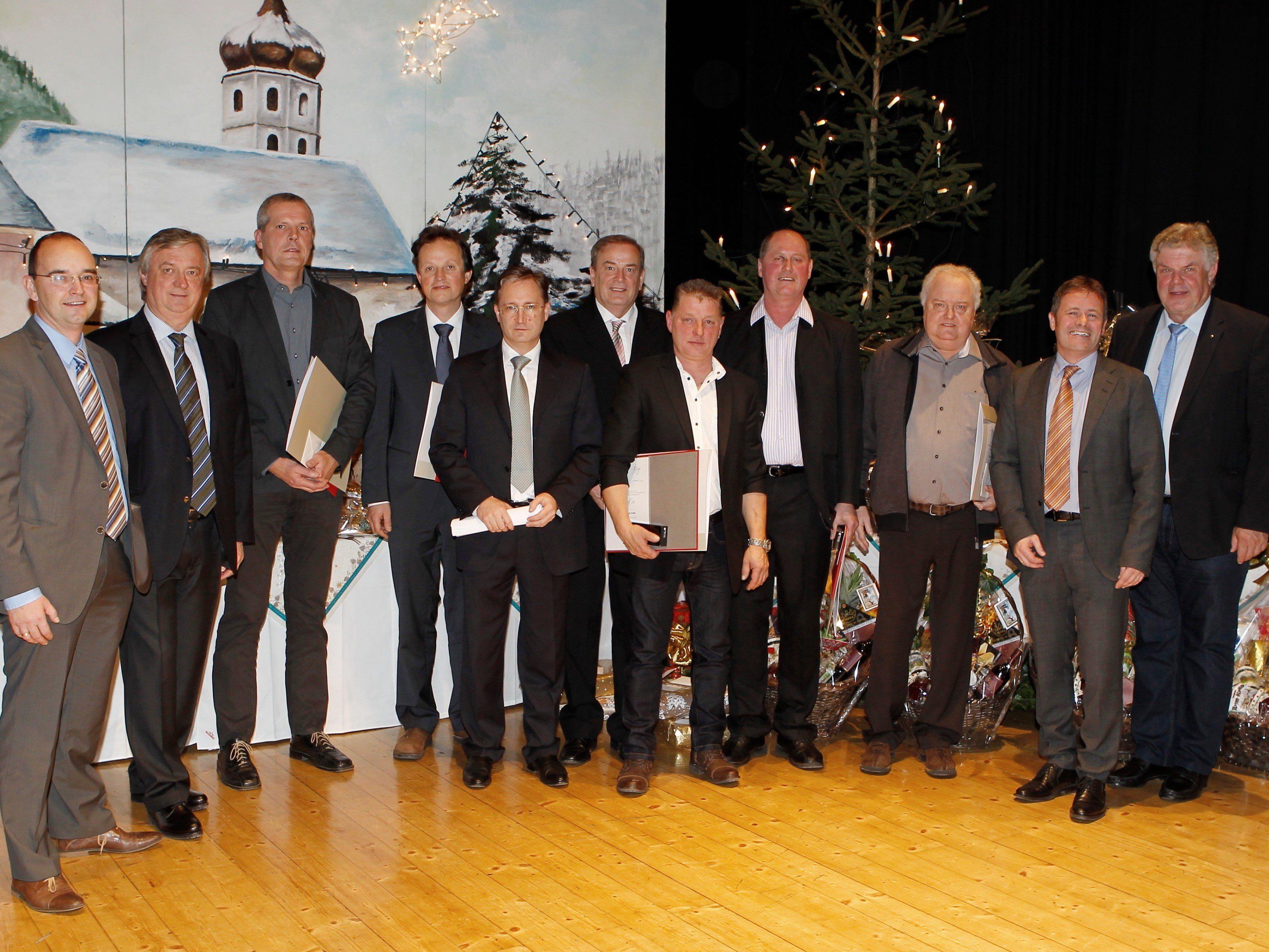 Als Ehrengast durfte Ing. Hubert Bertsch den Bludenzer Bürgermeister Mandi Katzenmayer begrüßen.