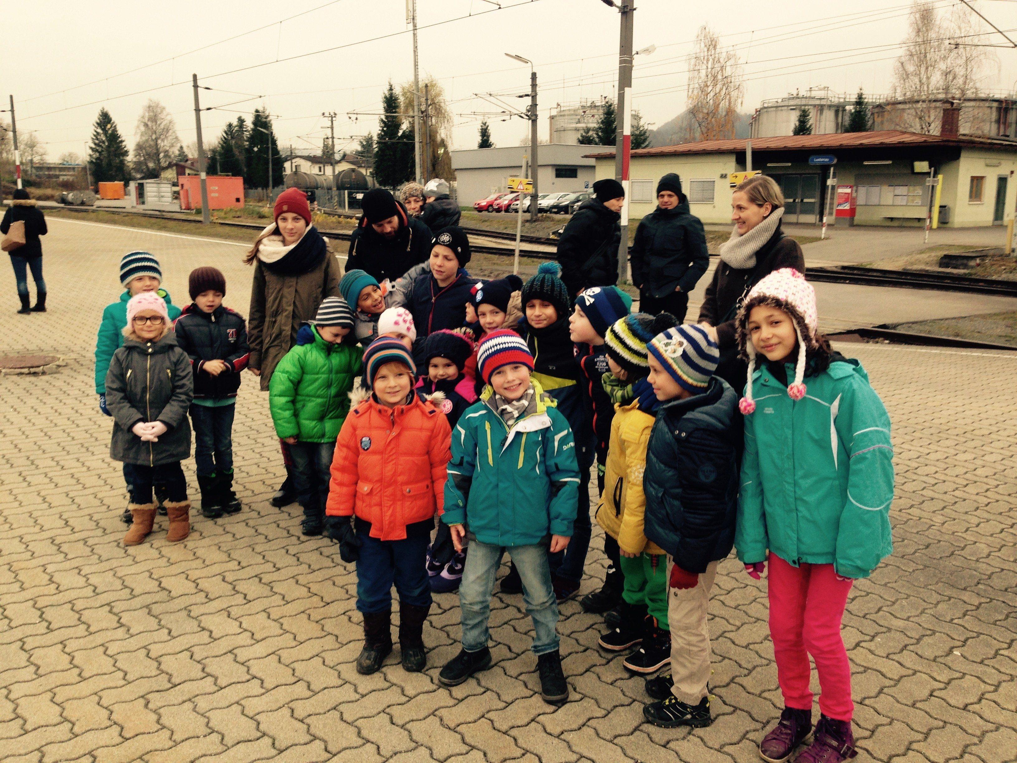 Die Kicker der U7 und U8 des FC Lustenaus freuten sich sehr auf den Ausflug
