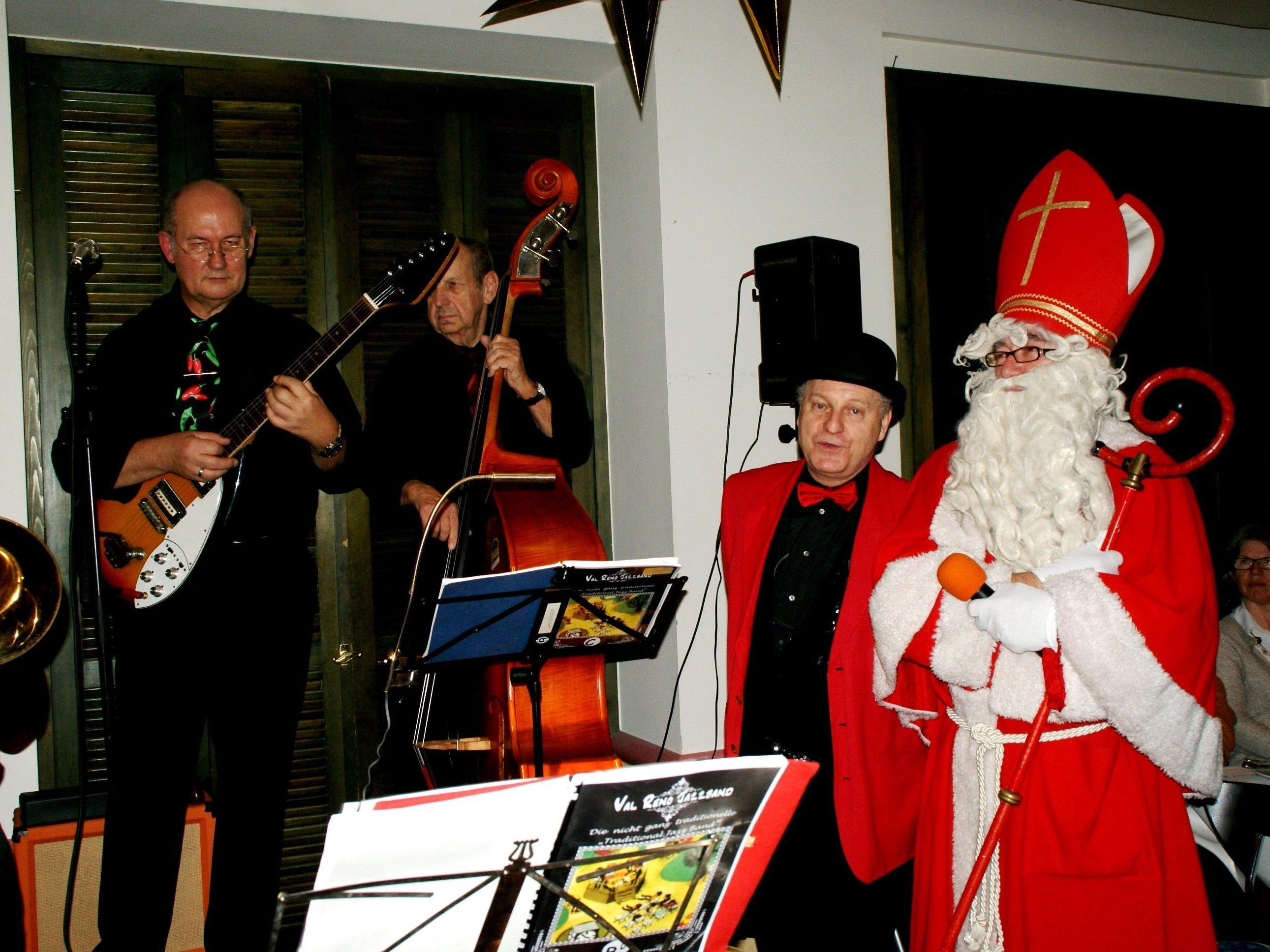 Val Reno Band spielte zum Nikolausabend auf