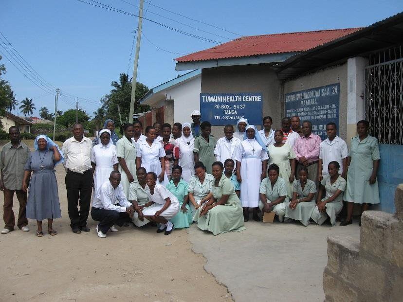 Bianca Lang und ihre Mitschüler unterstützten das Team im Tumaini Health Centre in Tansania.