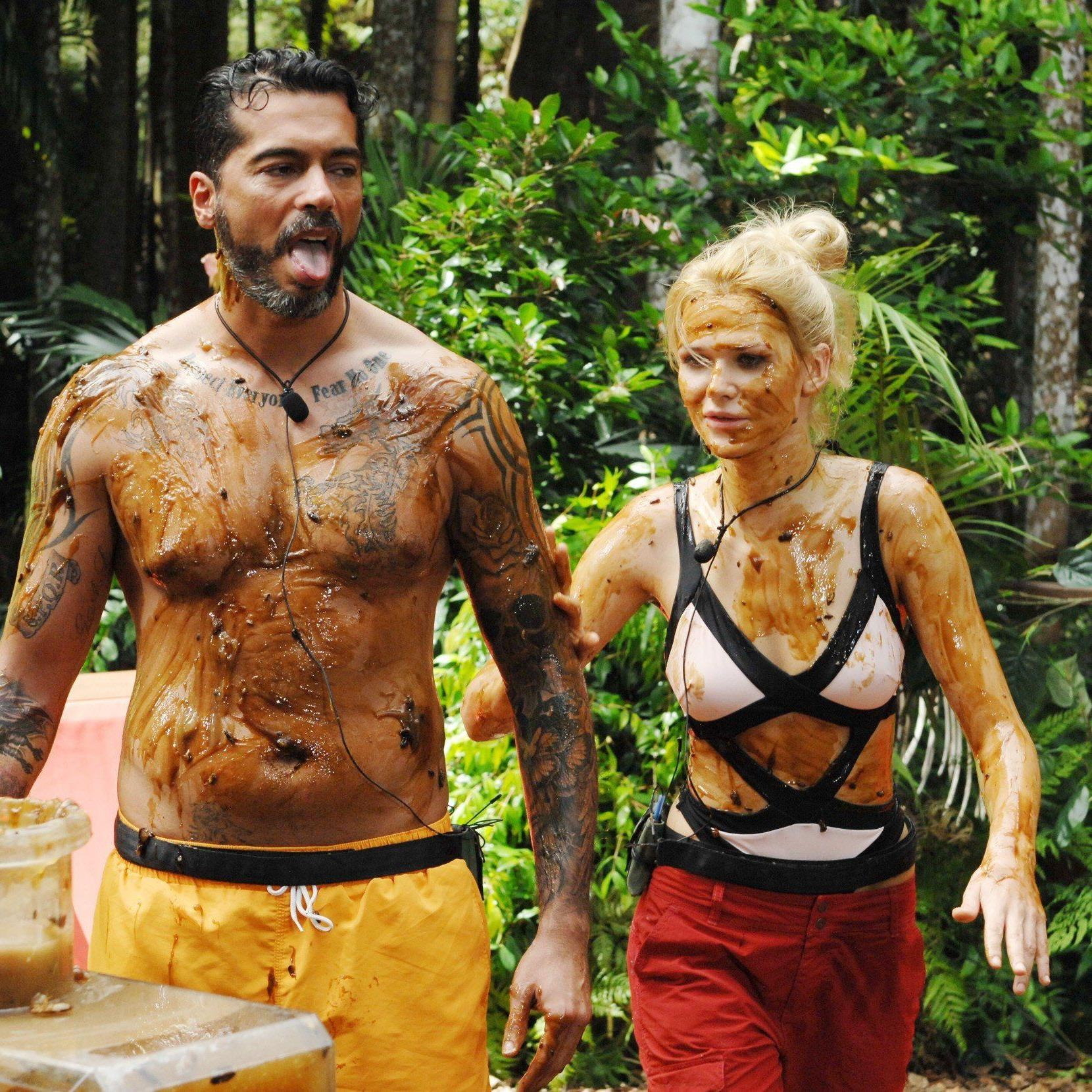 Sara Kulka und Aurelio Savina absolvierten die 1. Dschungelprüfung 2015.