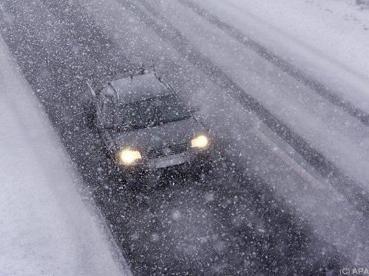 Heftiger Schneefall sorgte für Chaos