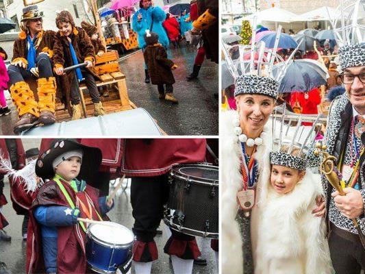 Steini I. und Lisi I. feiern in Bregenz mit den Flintstones die fünfte Jahreszeit.
