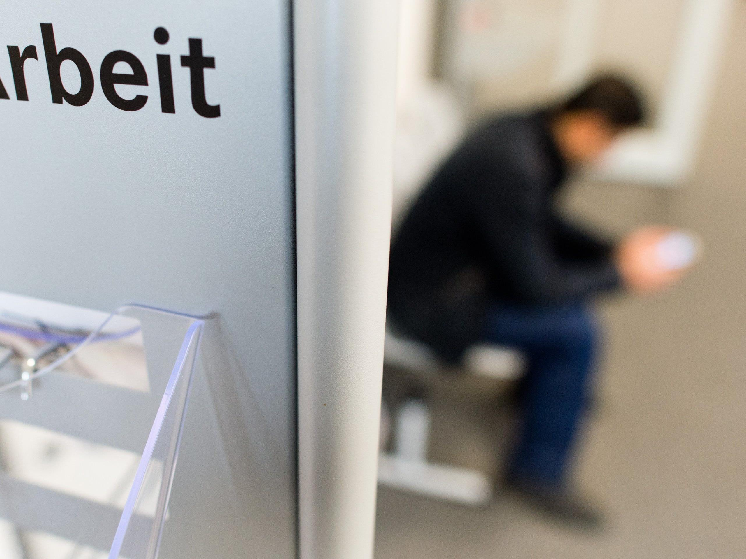 Regionale Arbeitslosigkeit 2014 - OÖ top, Kärnten und Wien schwach
