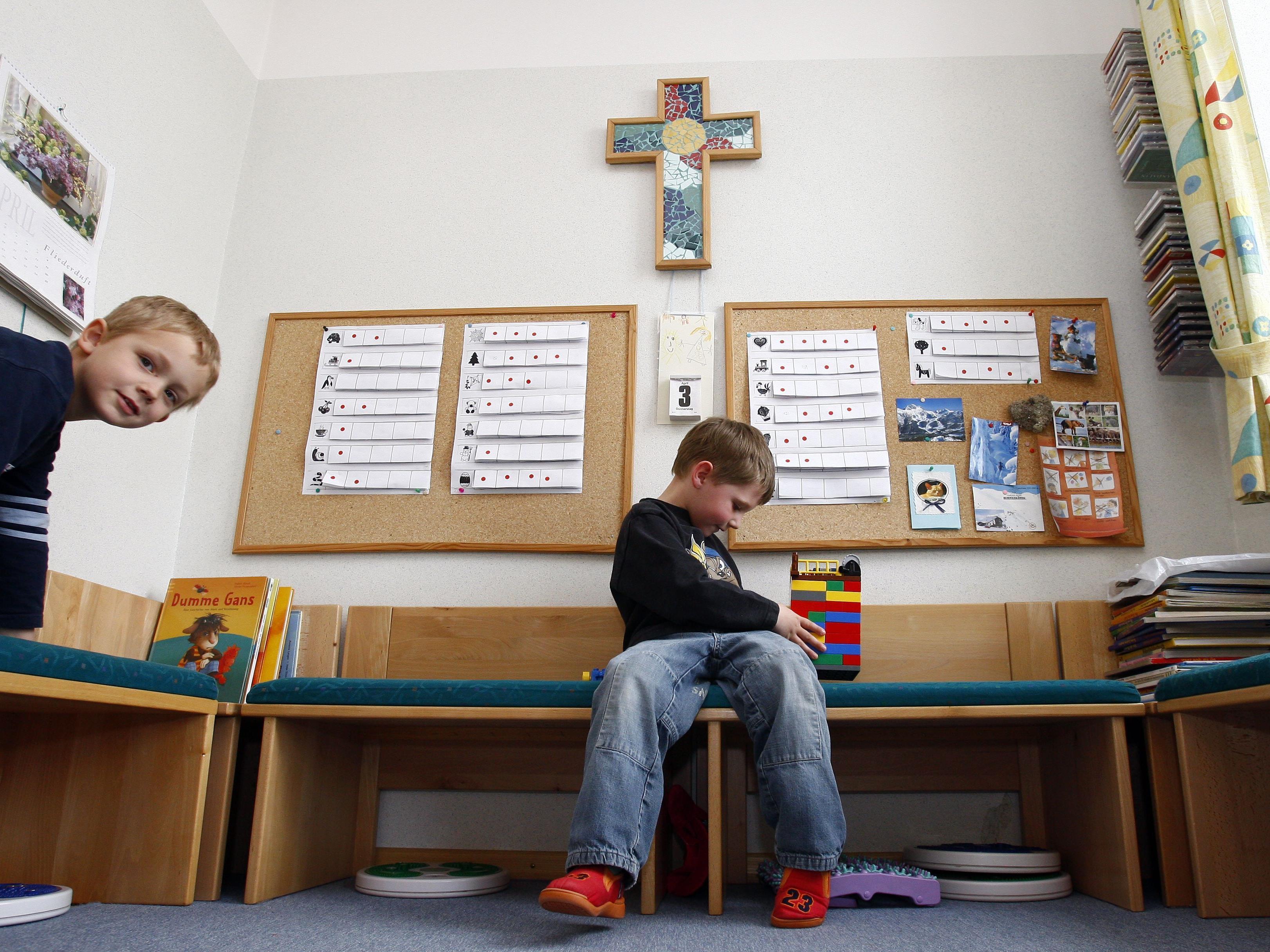 Die Eltern einer konfessionslosen Tochter hatten sich gegen den Gebrauch von Kirchenliedern gewehrt.