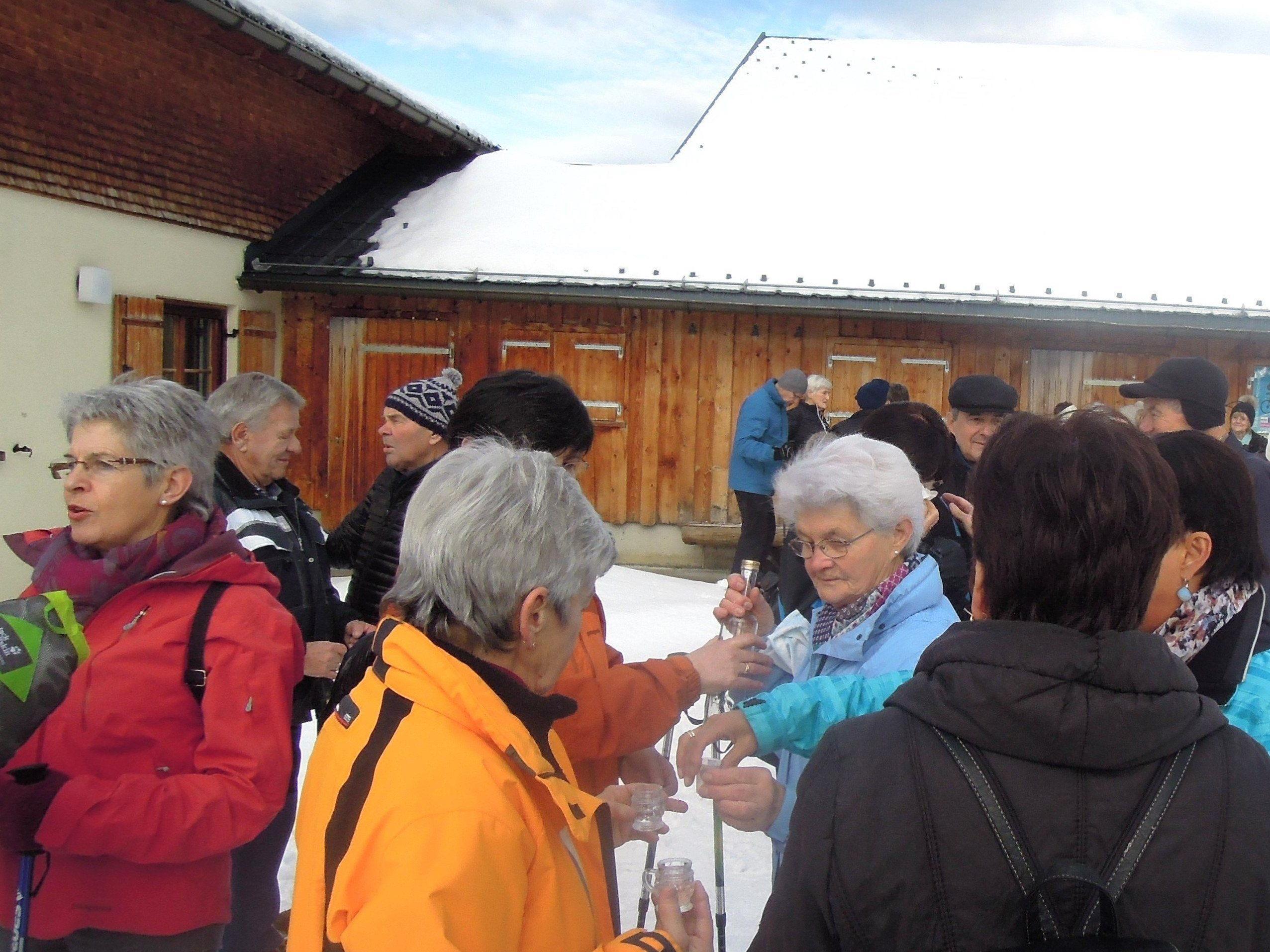 Zum Jahresabschluss 2014 lud der Seniorenbund am 30. Dezember 2014 zur alljährlich stattfindenden Winterwanderung ein.