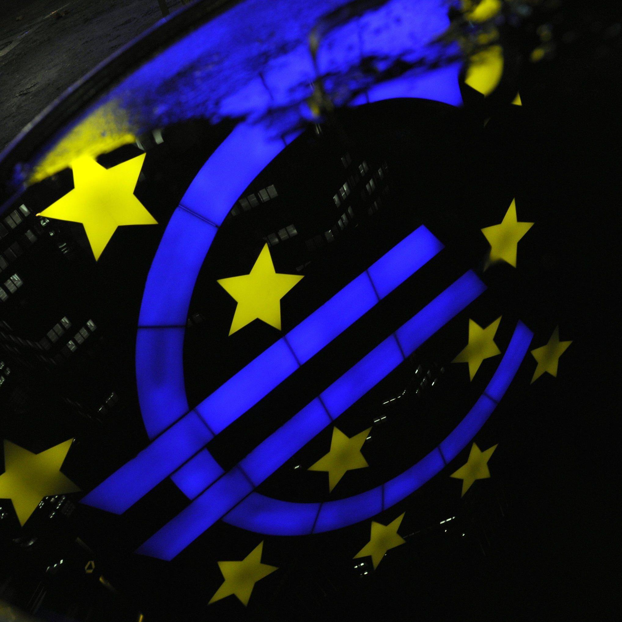 Entscheidung um Kauf von Staatsanleihen durch EZB erwartet.