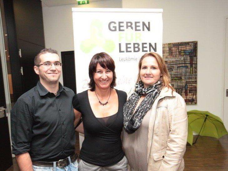 """Bedanken sich bei allen Spendern: """"Geben für Leben""""-Team - V.l.n.r.: Dominik Kapeller, Susanne Marosch und Christiane Reiter."""