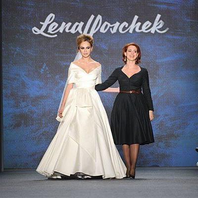 Designerin Lena Hoschek sorgte mit ihren Brautkleidern bei der Berlin Fashion Week für Begeisterung