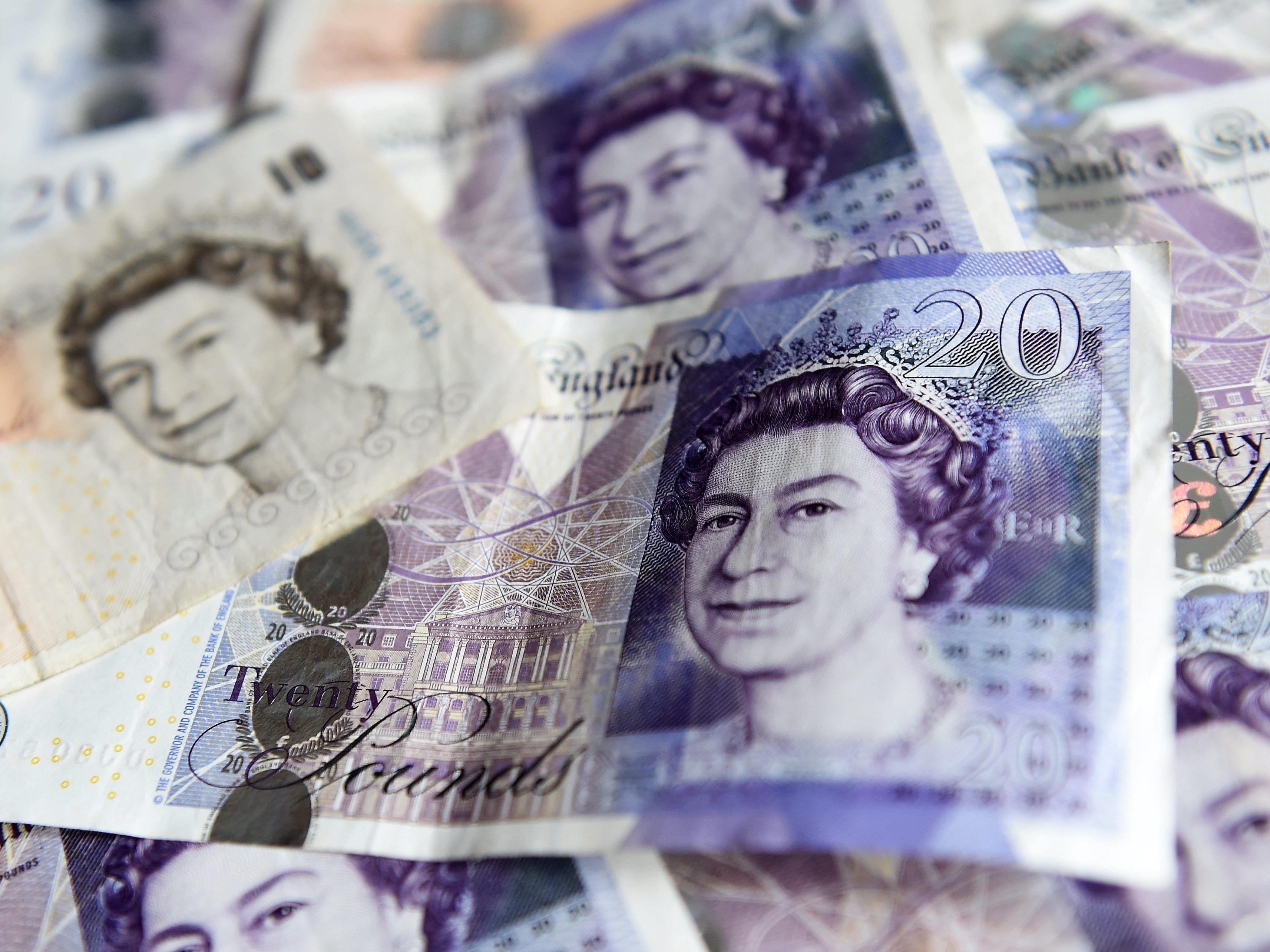 Für das Nichterscheinen auf einer Kinder-Geburtstagsparty soll ein Fünfjähriger fast 16 Pfund bezahlen.