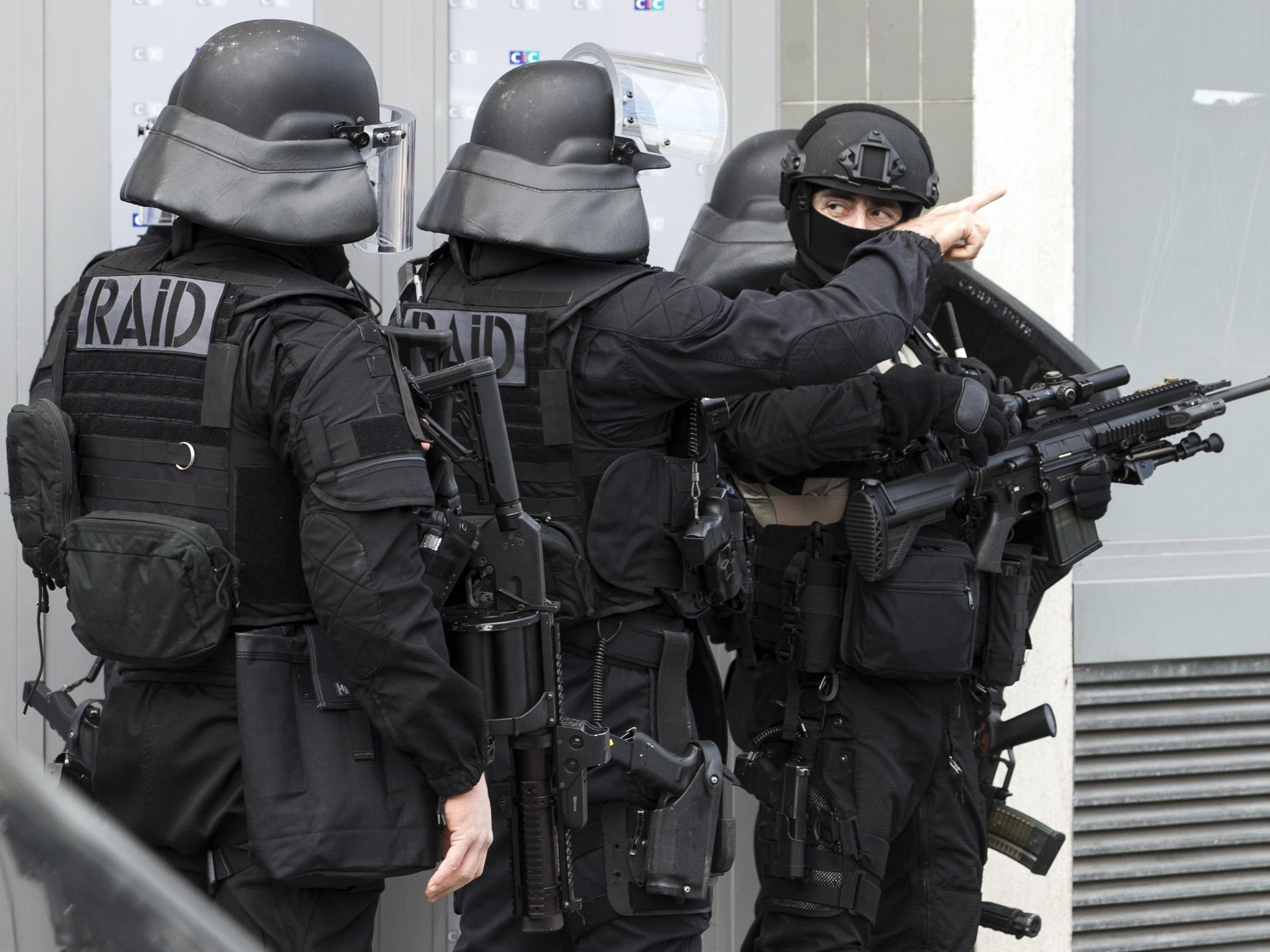 Mitteilung der französischen Staatsanwaltschaft an Außenministerium.