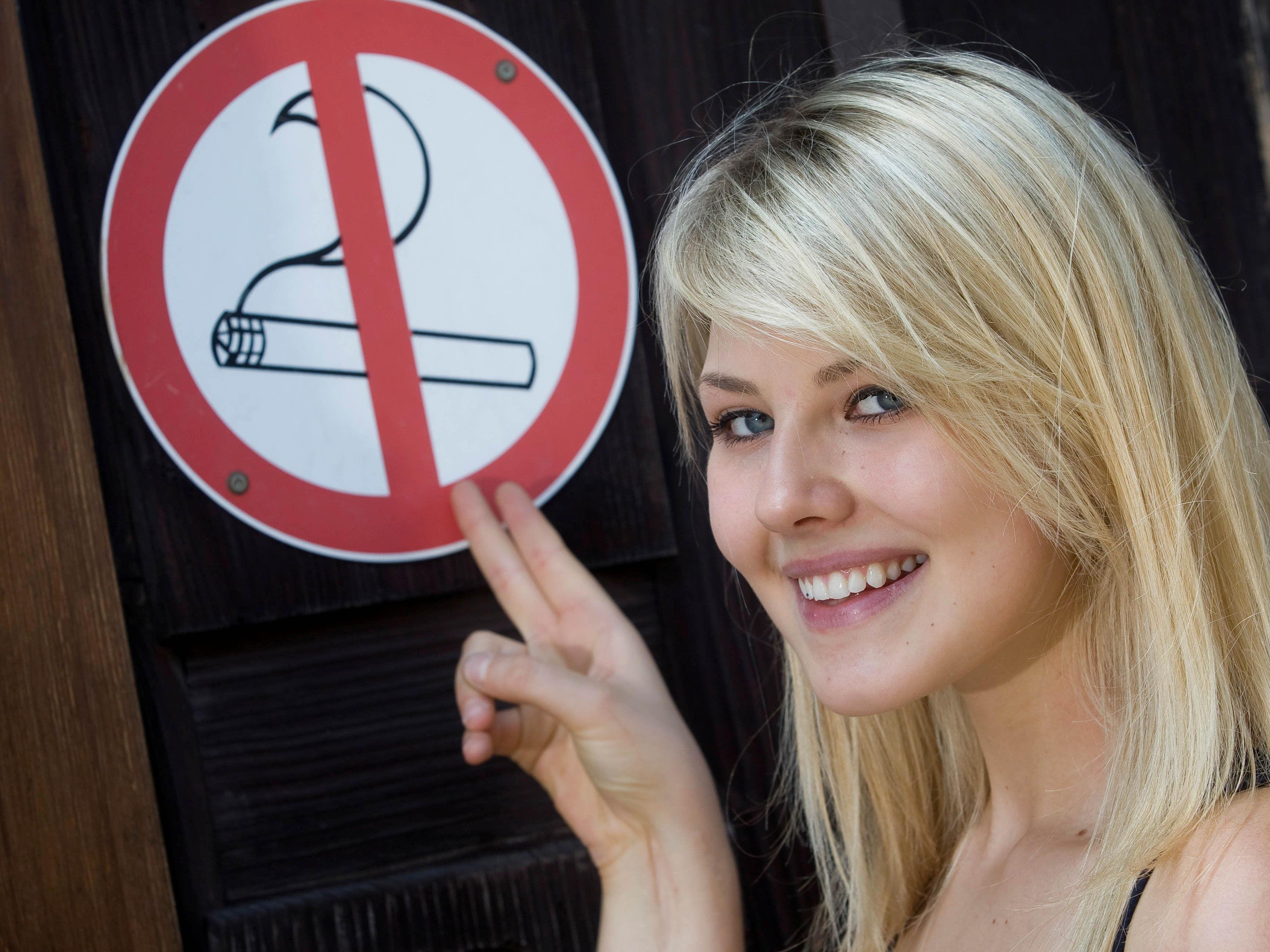 Neue Forderung: Im Freien darf nicht neben Kindern oder Nichtrauchern geraucht werden.