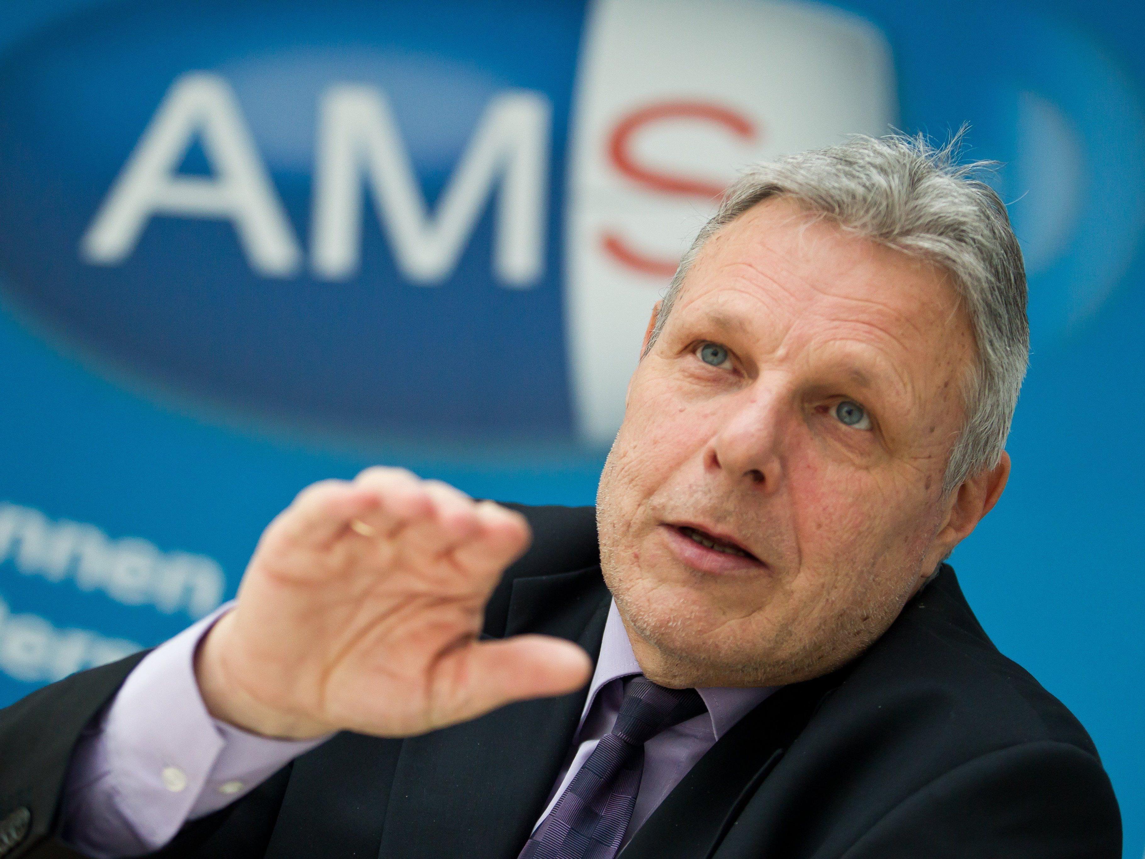 Beim AMS Vorarlberg (im Bild Leiter Anton Strini) verzeichnet man immer mehr Langzeitarbeitslose jenseits der 45.