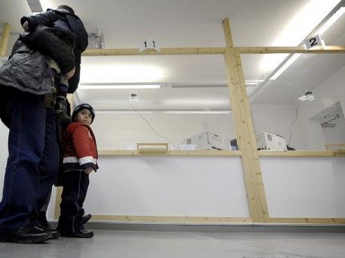 Etwa ein Drittel der freiwerdenden Wohnungen pro Monat für Flüchtlinge
