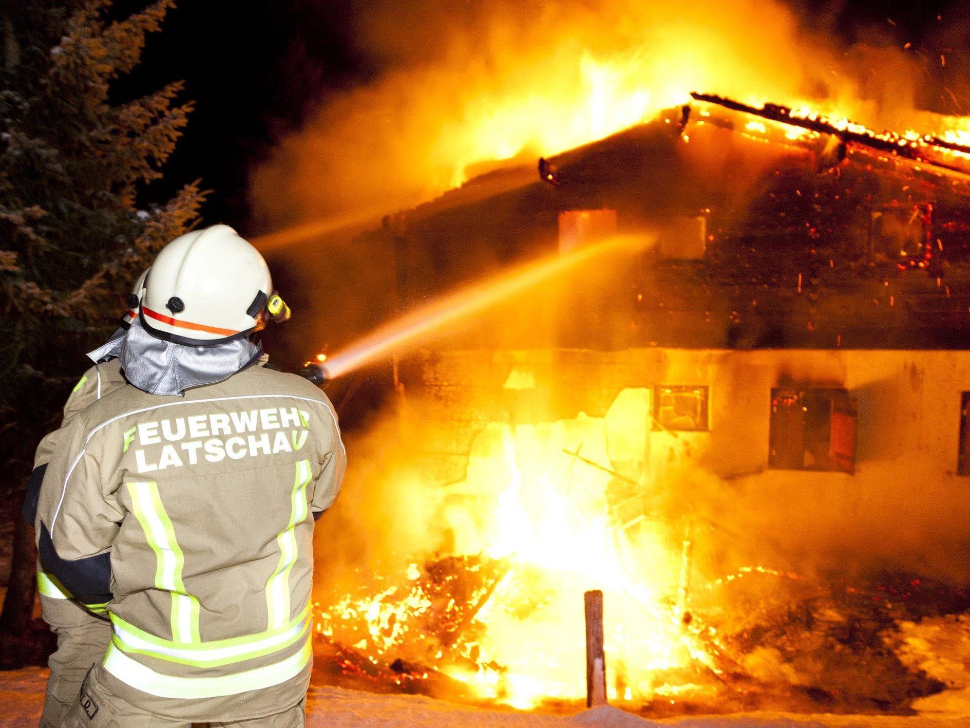 Einsatz beim Brand in Latschau.