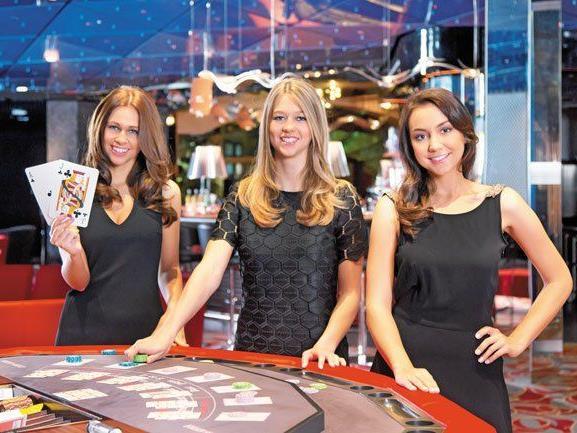Missen präsentieren sich am 13. Jänner im Casino Bregenz.