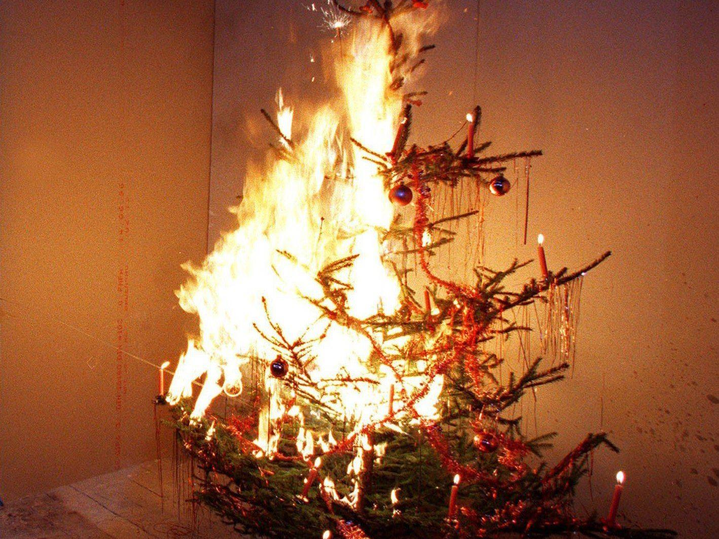 Mann übersteht Wohnungsbrand in Bregenz mit leichten Verbrennungen.