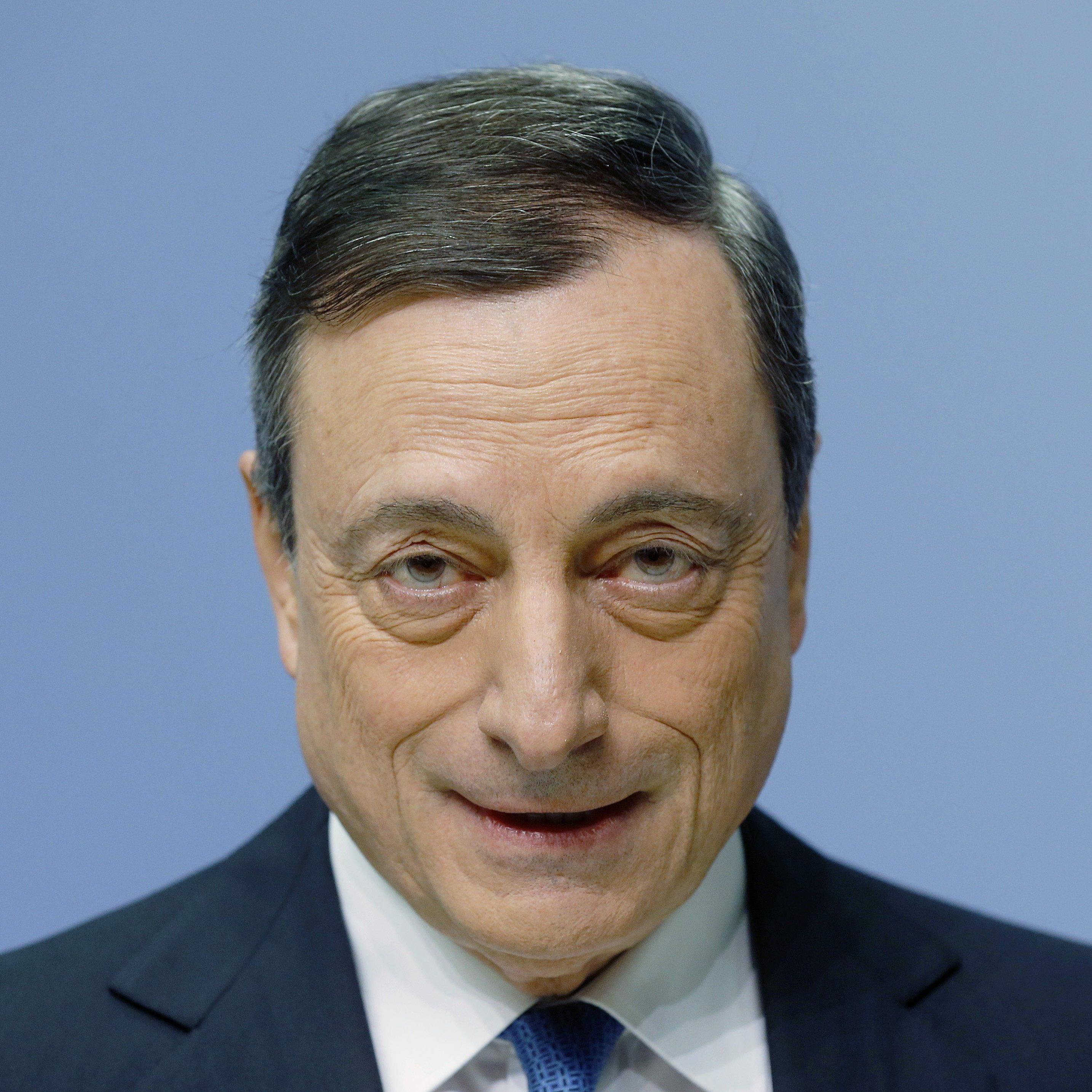 Ex-Goldman-Sachs-Banker Draghi im Zentrum der Kritik.