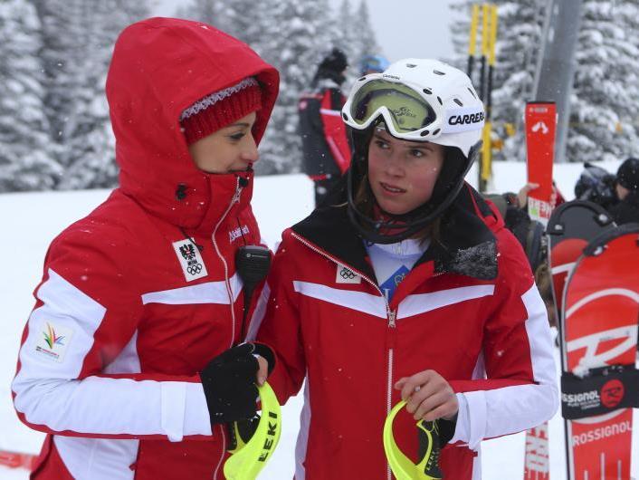 Nur lächerliche 0,04 Sekunden fehlen Katharina Liensberger nach dem ersten Lauf auf eine Medaille.