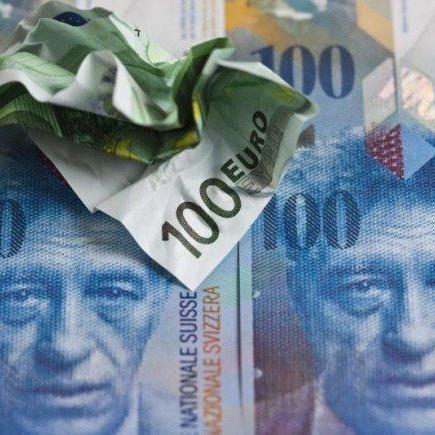 """Schweizer Nationalbank löste """"Tsunami"""" am Währungsmarkt aus"""
