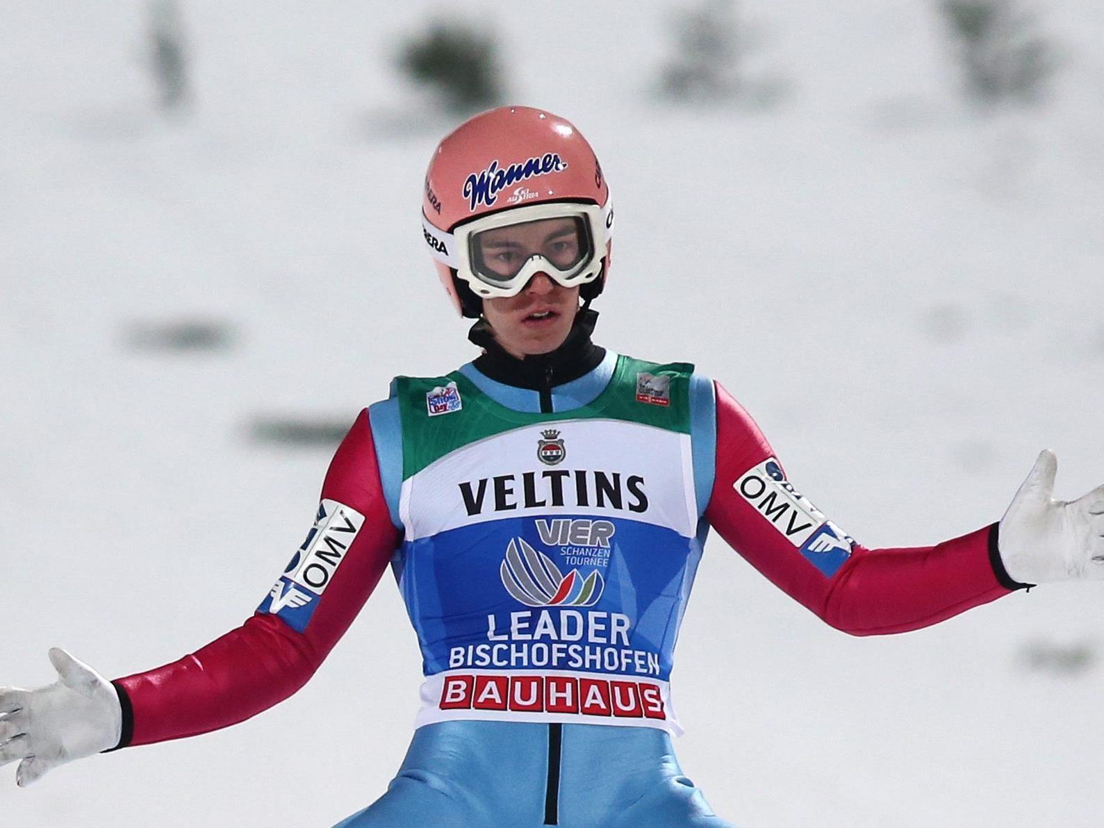 Salzburger drei Jahre nach Weltcup-Debüt auf Heimschanze Tourneesieger.