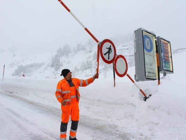 Schranke auf oder Schranke zu? Die Frage erhitzt die Gemüter dies- und jenseits des Arlbergs.
