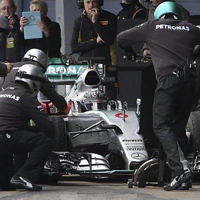 Rosberg als Rundensammler bei Testfahrten